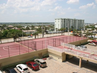 Intercostal, lighted tennis, basketball courts, shuffle board, above parking sp