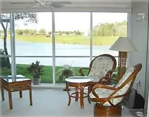 Furnished Lania Area w/ view of lake and fairway