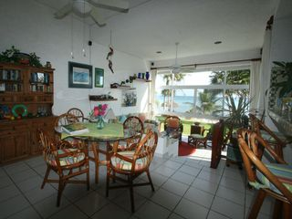 Akumal condo photo - The main dining area