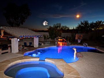 Peoria house rental - Luxury Retreat w/ Swim-up Bar