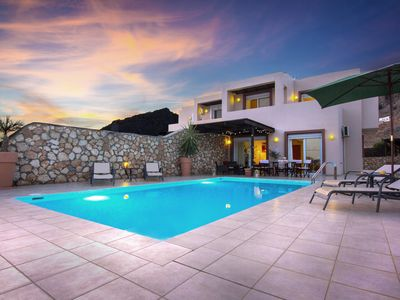 Modern Luxury Villa With Private Pool And Stunning Sea Views