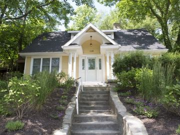 Michigan City cottage rental - View from the street