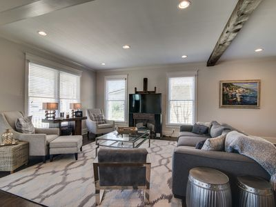 STUNNING Luxury in 12th South! Walk to Nashville's best restaurants and shops!