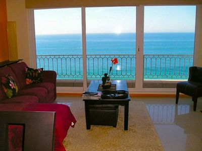 Stunning ocean view from the living room.