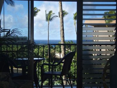 Let the oceanview help you enjoy breakfast on the lanai