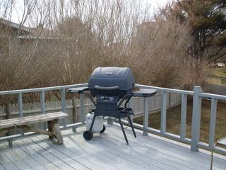Point Judith house photo - Gas grill on the deck for the family cookouts !!