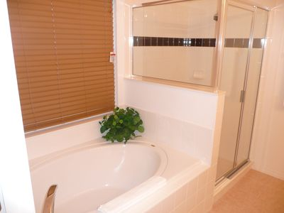 Highgate Park villa rental - Master Bath