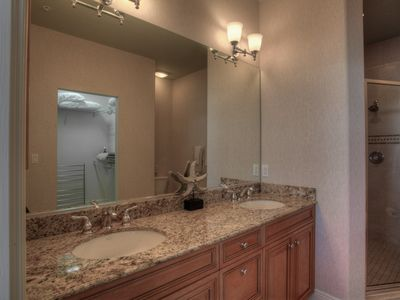 Master Bathroom with Double Sinks and Granite Countertops