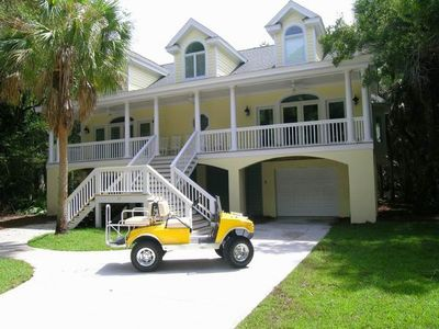 Designer Home with Free Hummer Golf Cart