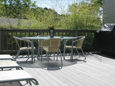 Private outdoor Summer dining table n Stainless steel grill