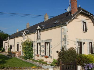 LOIRE VALLEY- 2 CHARMING HOUSES in a 5 acre park and orchads with heated pool - Les PLATS de Maubert