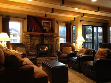 Mammoth Lakes condo rental - Great Open Living Space with comfortable seating