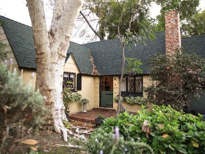 1Br/2Ba Woodland Cottage on Quiet Los Feliz Street