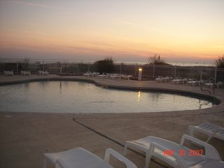 Gulf Shores condo photo - Well Kept Outdoor Pool (1 of 6 outdoor pools)
