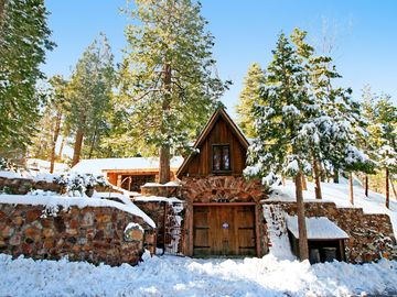 Lake Arrowhead cottage rental - Winter at Hobbit Hollow.