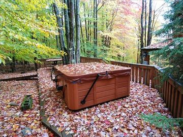 Private Outdoor Hot Tub is Tucked in the Trees.