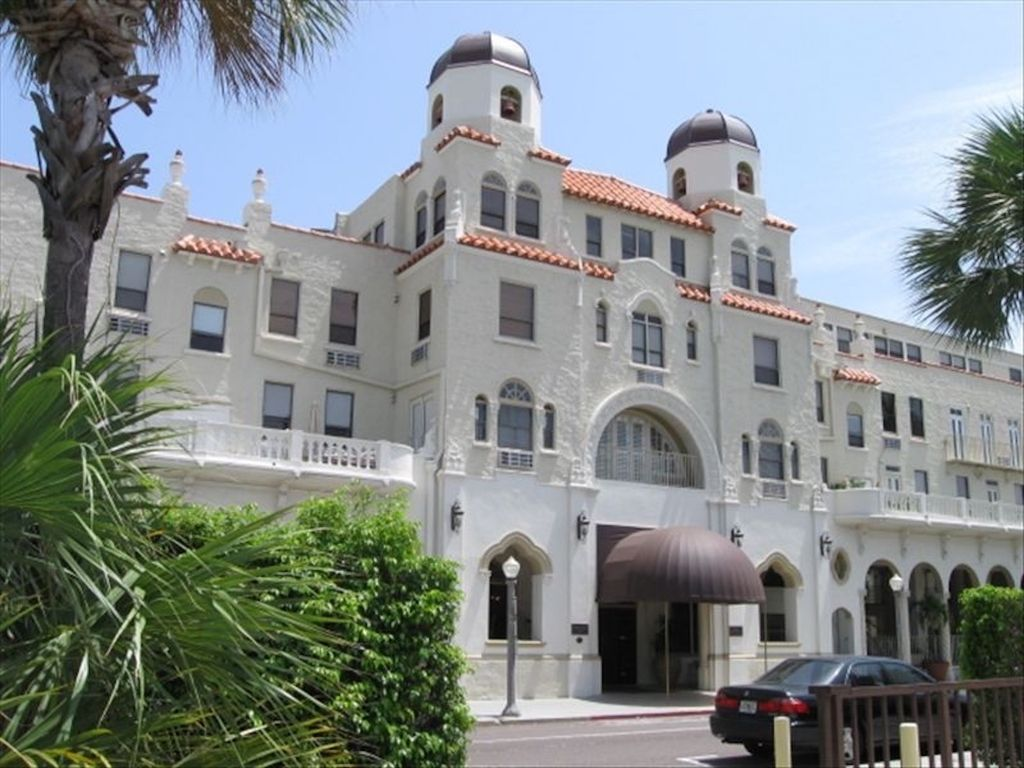 The Palm Beach Hotel Condominium Reviews