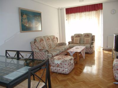 Madrid Center apartment rental - Living room with dinning & 2 folding beds