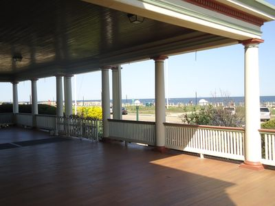 1400 square foot veranda