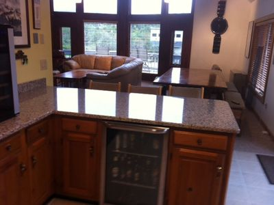 Killington house rental - Breakfast bar