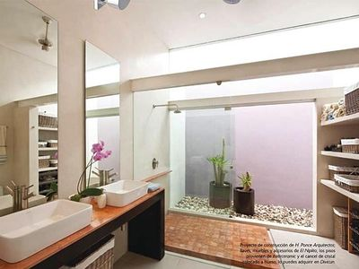 Merida house rental - Ensuite master bath