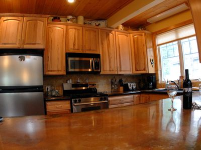 Kitchen with sit down counter that seats 3