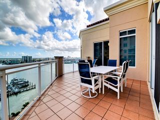 Clearwater beach holiday condo belle harbor 1010w for 15th floor on 100 floors