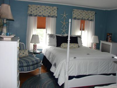 2nd Floor Bedroom - Nantucket Room - Queen Bed