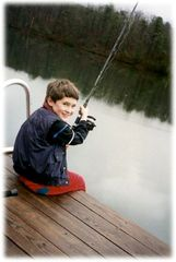 Huddleston cabin photo - Discover the joys of fishing!