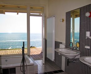 Sozopol house photo - Here is the most beautiful master bathroom!