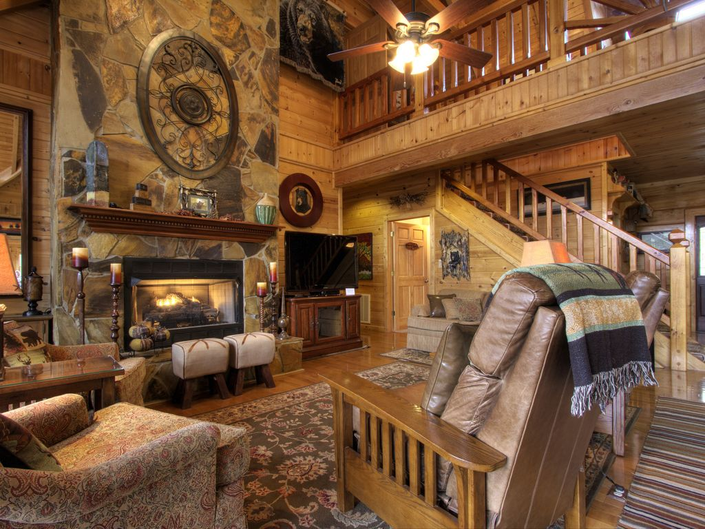6000 SQ FT CUSTOM LOG HOME 56 BDRMS 5 BATH VRBO