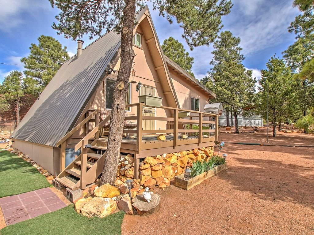 NEW! Cozy 2BR Heber Cabin Close to Hiking Trails!