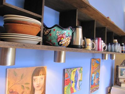 Dishes, cookware, everything you need. Loads of beautiful artwork