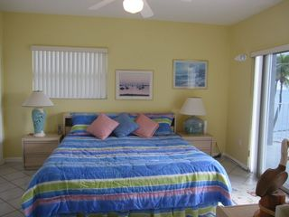 Islamorada house photo - King bed in 3rd floor master suite