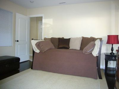 Pacific Beach townhome rental - Downstairs bedroom/TV room