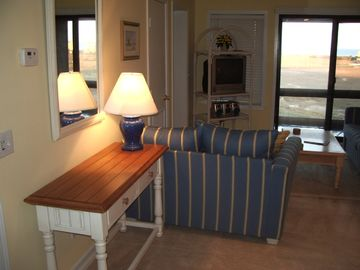 Folly Field condo rental - Living Room with ocean in the distance