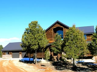 Beautiful 5 bedroom home near zion national vrbo for Vacation rentals near zion national park