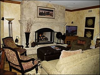 Avon condo photo - Living Room & Fireplace