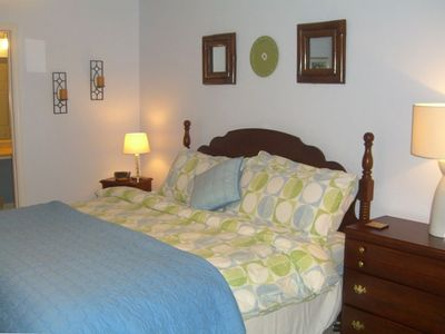 Hartwell Lake house rental - Master Bedroom