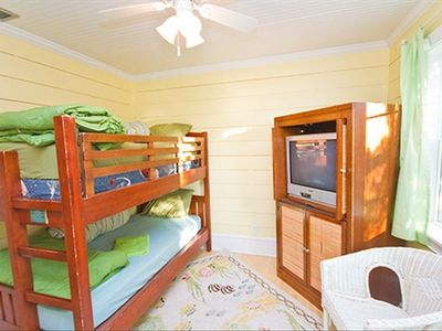 SECOND FLOOR BUNKROOM - SLEEPS 2