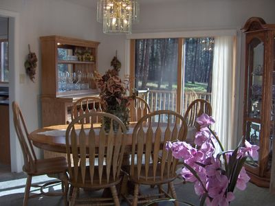 Nemo cabin rental - Beautiful oak dining room, and bar with views