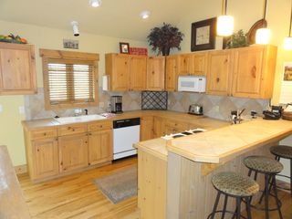 Steamboat Springs condo photo - Fully stocked kitchen