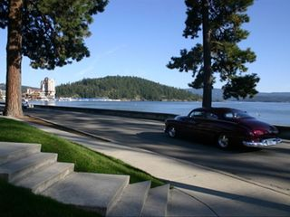 Coeur d 'Alene condo photo - The secure, single-car garage is part of the rental.