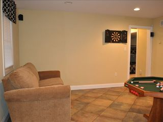 Lake Harmony house photo - Game room : bumper pool, electric darts, Wii, DVD surround sound, stereo, and TV