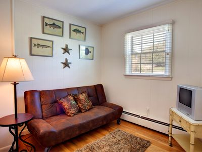 Hampton Bays house rental - Guest Room with Futon/Double Bed
