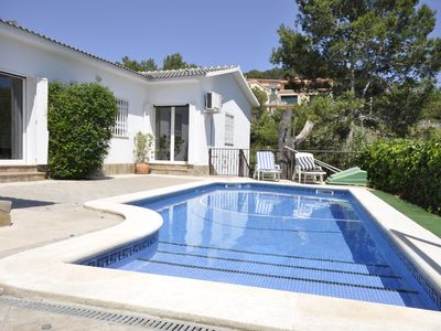 LUXURIOUS, PRIVATE POOL, WIFI + TV, barbecue, garden, air conditioned, Sitges