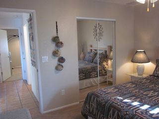 Lake Havasu City house photo - Large 2nd BR with queen bed & mirrored closet