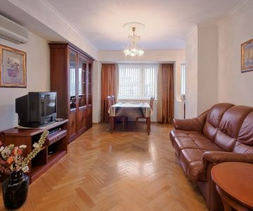 1 Bedroom Apt. Paveletskaya Castle- ID:125