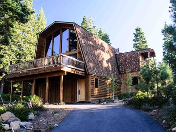 Dollar Point chalet rental