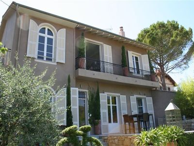 Stunning villa, own pool, private garden; views to St Paul-de-Vence